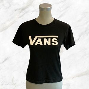 Vans | White Logo Chest Plain Black Tee